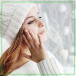 Как защитить жирную кожу зимой